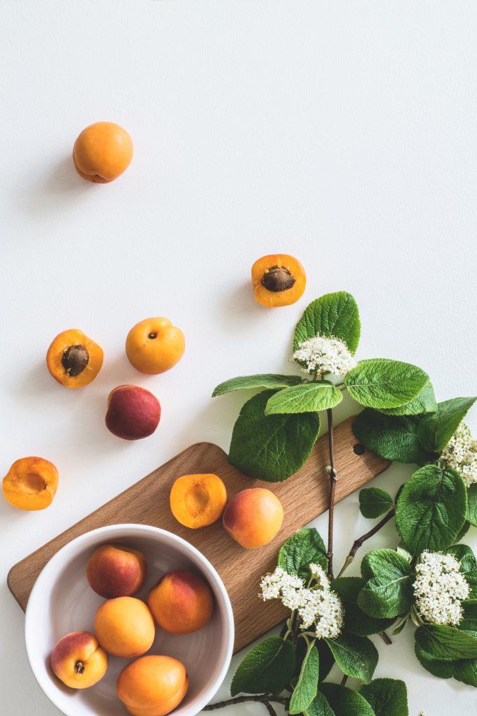 smoothie abricot, pêche, thé vert