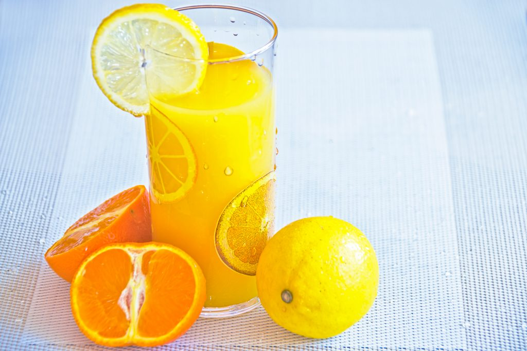 smoothie orange mangue banane